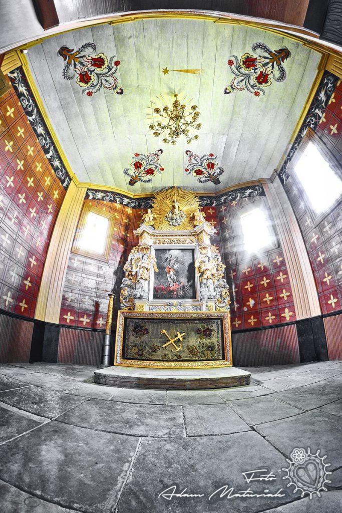 Kościół pw św Andrzeja w Łukowicy - Ołtarz boczny