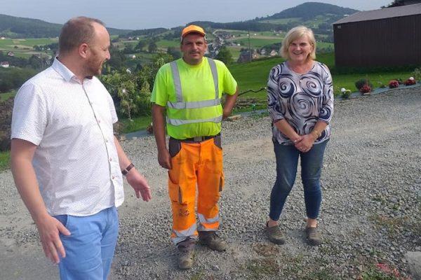 Trwają prace przy drodze gminnej w Przyszowej w kierunku Zagórza