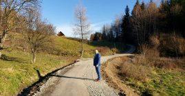 Trwają inwestycje przy drogach w Młyńczyskach
