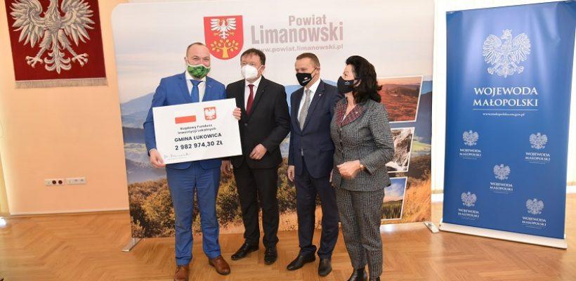 Blisko 3 miliony złotych na inwestycje w Gminie Łukowica